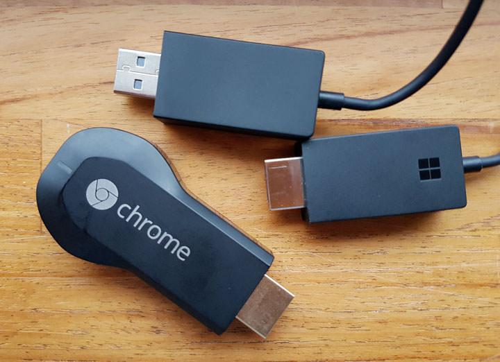 畫面無線投影電視更 EASY!微軟無線顯示轉接器開箱。同場加映 Chromecast 功能實測評比!